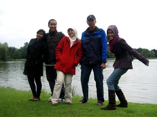 The teaaam! L-R: Uca, Arya, Elva, Rizky, me