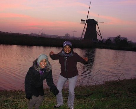 Sunset at Kinderdijk with Wiza