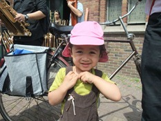 One of the cutest angklung supporters :)